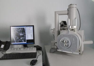 Ultramicrotomo Power Tome XL.